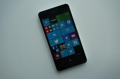 Windows 10 Mobile running on a Lumia 940XL.