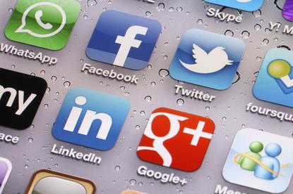 NZ Customs is planning to target social media to identify border security threats.