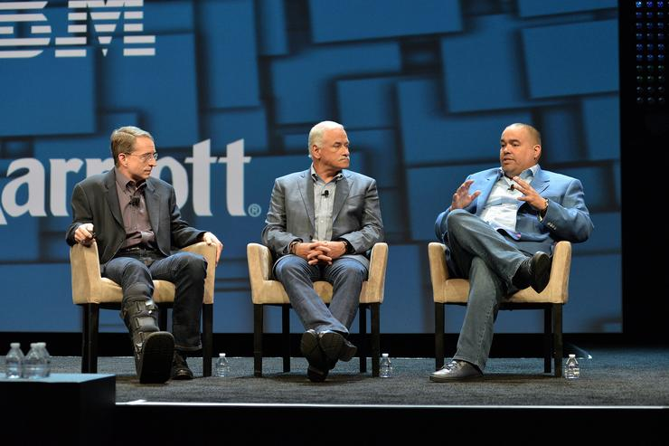 VMware CEO, Pat Gelsinger (left) and IBM Cloud senior vice-president, Robert LeBlanc (middle)
