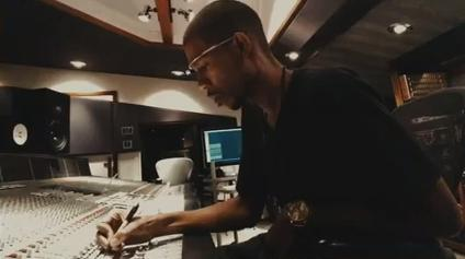 DJ and Google Glass explorer Young Guru uses Glass to create music.