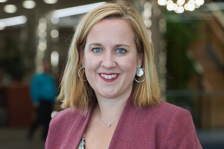 Alexandra Coates (Datacom)