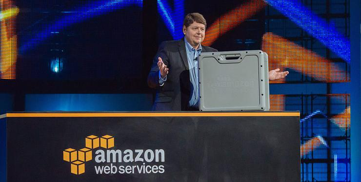 AWS Storage Services vice president, Bill Vass, shows off Snowball during the second day keynote at re:Invent 2015