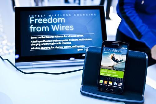 Intel's wireless charging demo