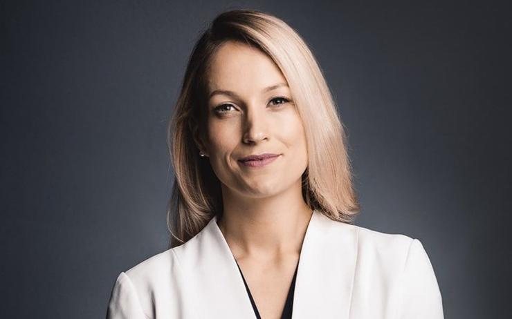 Davinia Simon (AWS)