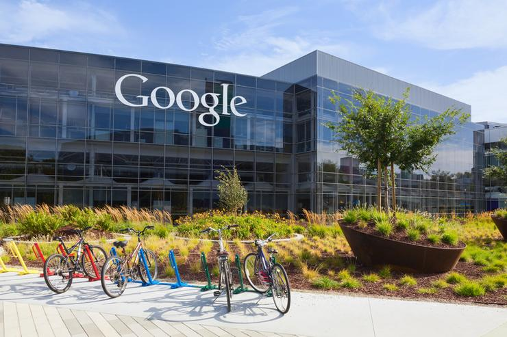 Google buddies up to boost its business cloud