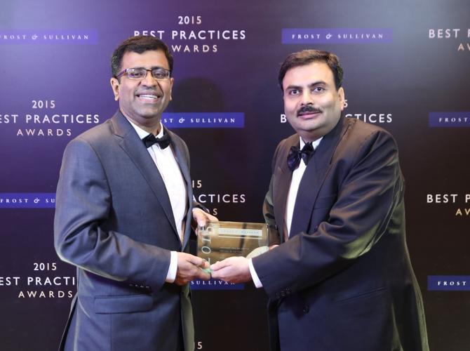 Frost & Sullivan vice president, Ravi K and Schneider Electric IT business development lead 3 phase power, cooling and racks APJ, Bhagwati Prasad