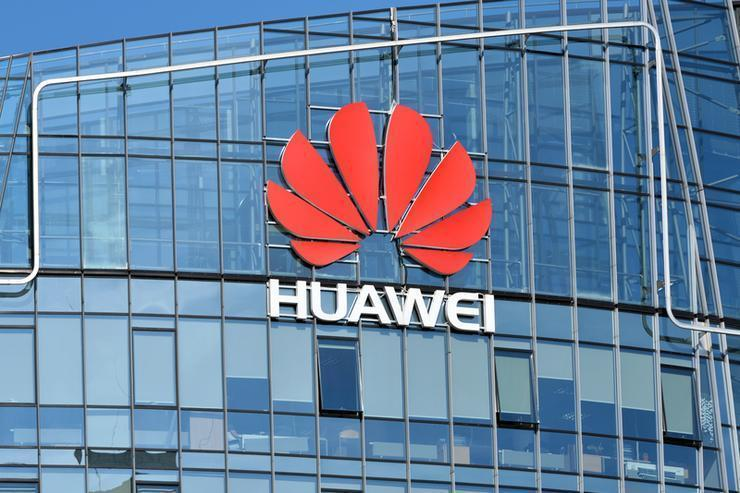 Huawei follows Samsung in delaying its Mate X foldable phone