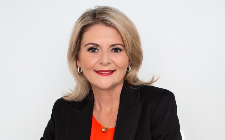 Julie Barbieri (HPE South Pacific)