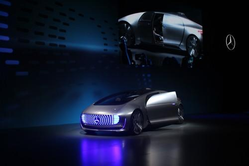 Mercedes-Benz's F015 concept is a self-driving, hydrogen-powered living room