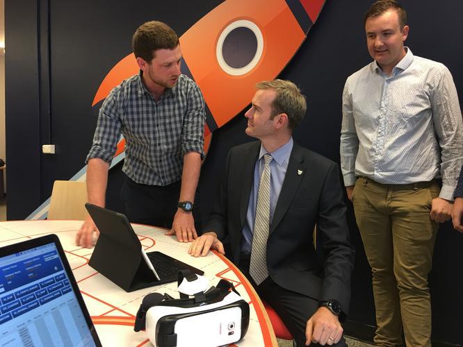 Minister Ferguson and the Team from Unify Design a Virtual Construction, 3D modelling and Design Collaboration digital service