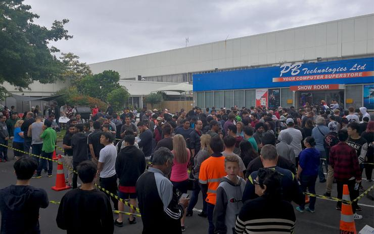 Customers outside the PB Tech Manukau store on the day of Black Friday