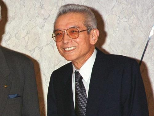Hiroshi Yamauchi served as president of Nintendo from 1949 to 2002. He continued to serve as an adviser after his departure from the company, and was one of the richest men in Japan.