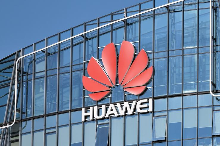 Huawei is now the world's biggest maker of 5G phones