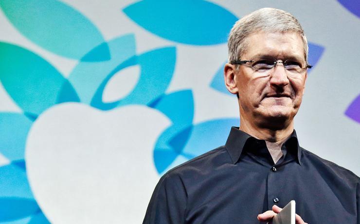 Tim Cook (CEO, Apple)