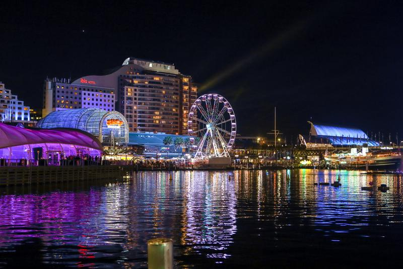 IN PICTURES: Vivid Sydney 2015, Part 3: Darling Harbour + Pyrmont  (+34 photos)