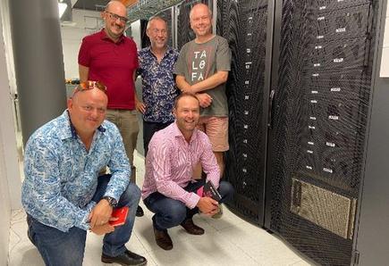 L-R (top) Professors Albert Bifet, Bernhard Pfahringer and Eibe Frank and (bottom), Aubrey Donovan and Jason Moult, Fujitsu.